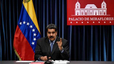 Maduro se enojó con un periodista que le consultó por la detención de dos bomberos que lo compararon con un burro