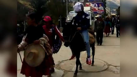Pobladores toman municipalidad de Sarín en protesta contra alcalde