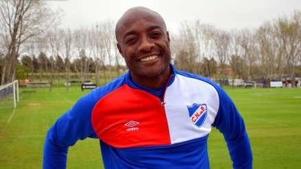 El camerunés Pierre Webó regresó al Nacional de Uruguay después de 18 años
