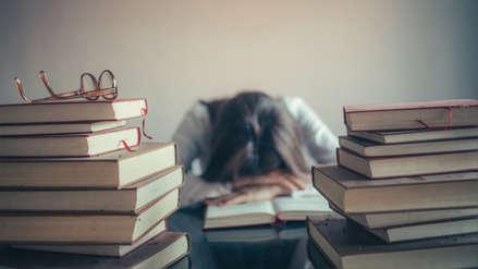 Hasta 30% de la población universitaria del Perú sufre de impactos en su salud mental por presión académica