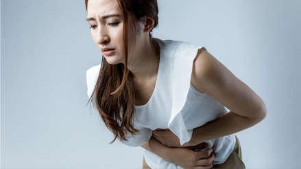 ¿Qué síntomas producen los quistes ováricos?