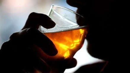 Cáncer de esófago: Beber alcohol incrementa el riesgo de padecer esta enfermedad