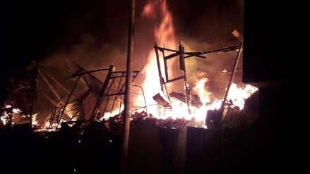 Una mujer y sus cuatro hijos se salvaron de morir al incendiarse su casa en Pamplona Alta
