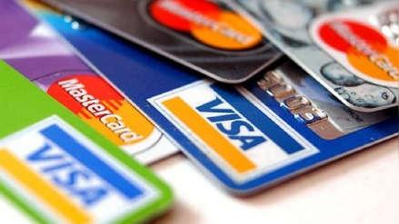 Mora de tarjetas de crédito se ubica en su menor nivel de los últimos 30 meses