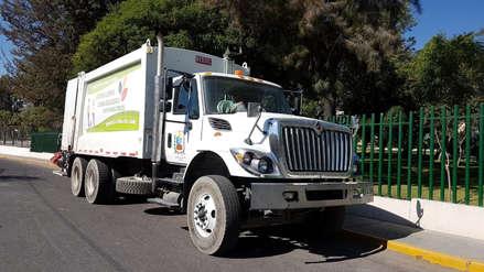 Intervienen a trabajadores municipales cuando vendían combustible de un camión compactador