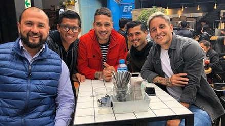 Paolo Guerrero tuvo un encuentro con jugadores de Alianza Lima
