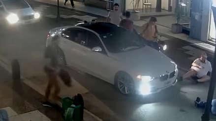 Conductor discutió con otro chofer tras choque y atropelló a una pareja que intentaba calmarlo