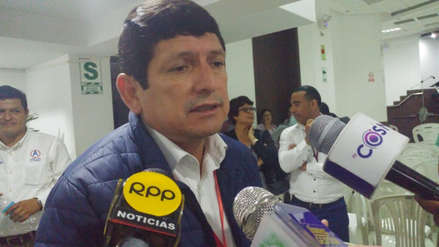 Agustín Lozano critica ausencia total de Anselmo Lozano en debates de propuestas