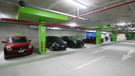 Elías pidió a Rodriguez que explique reconsideración a ley de estacionamientos