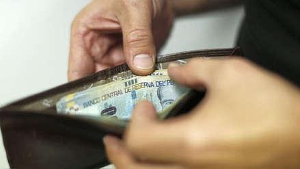Datum: El 68% de peruanos considera que sus ingresos no cubren sus necesidades