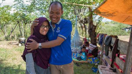 El reencuentro feliz de una pareja separada por el tsunami en Indonesia