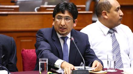 """Oracio Pacori: """"Están utilizando el informe como chivo expiatorio para blindar a Hinostroza"""""""