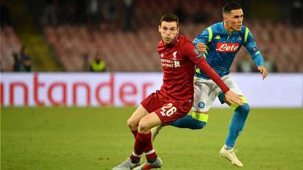 Liverpool cayó en los minutos finales ante Napoli en la Champions League