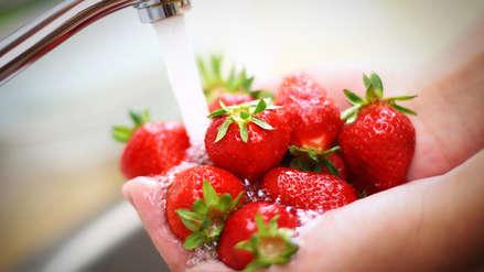 Esta es la manera correcta para deshacerse de los parásitos en las fresas