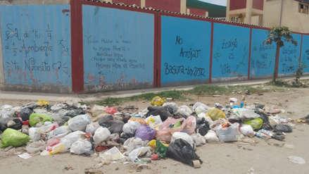 Elecciones 2018 | Enormes montículos de basura se acumulan en locales de votación