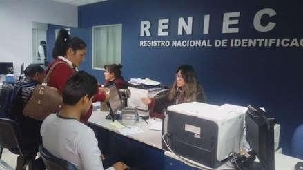 Elecciones 2018: largas colas para recojo de DNI en Cusco