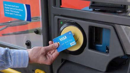 En estos buses puedes usar tarjeta de crédito o débito para pagar el pasaje