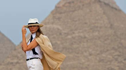 El glamoroso paseo de Melania Trump por las pirámides de Egipto