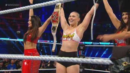 WWE Super Show Down 2018: Ronda Rousey sorprendió con llave 'doble rendición'