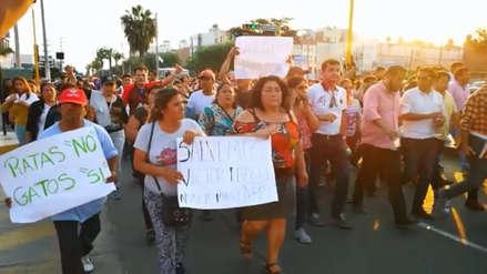 Vecinos y candidatos de Víctor Larco marchan contra un presunto fraude