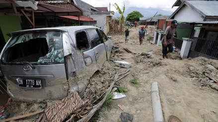 Aumentan a 2.045 los muertos por el terremoto y el tsunami en Indonesia
