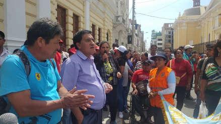 Obreros municipales: iniciarán huelga por falta de pago de bono
