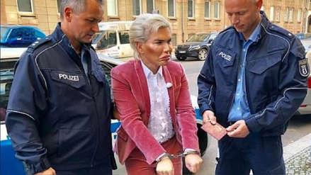 El 'Ken Humano' fue detenido en Berlín por no parecerse a la fotografía de su pasaporte