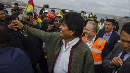 """Evo Morales visitó el puerto peruano de Ilo y fue declarado """"huésped ilustre"""""""