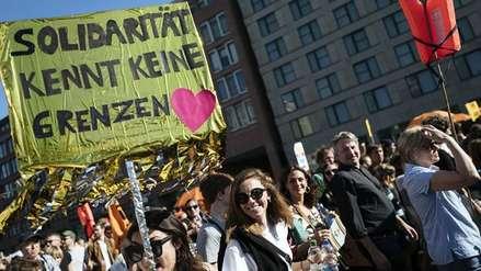Más de 100,000 personas marcharon contra el racismo y la exclusión en Alemania