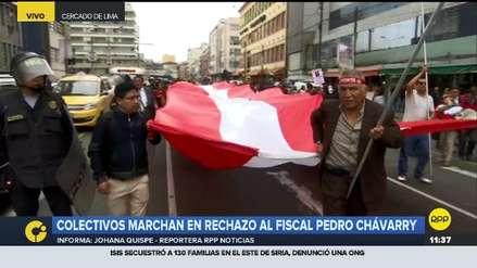 Colectivos marchan en contra del fiscal Pedro Chávarry