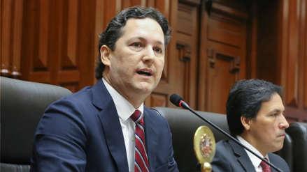 Daniel Salaverry propuso remover al Oficial Mayor del Congreso por demora de informe Hinostroza