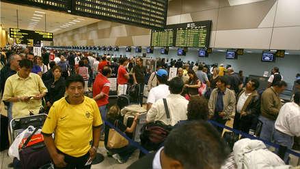 INEI: Más de 3 millones de peruanos emigraron entre 1990 y 2017