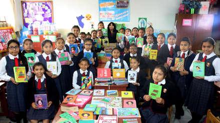 El arte de reciclar: Más de 350 escolares se convierten en creadoras de libros