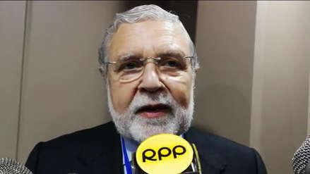 Presidente del TC defiende la democracia tras fuga de César Hinostroza