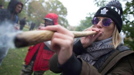 Fotos | Canadá vivió en medio de gran euforia el primer día de la legalización de la marihuana