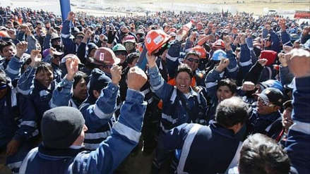 Sindicato de trabajadores de Shougang Hierro Perú inició huelga indefinida