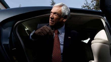 Chile | Un grupo de personas atacó el auto presidencial de Sebastián Piñera en Iquique