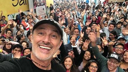 Carlos Alcántara: La emotiva visita a su colegio Hipólito Unanue [VIDEO Y FOTOS]
