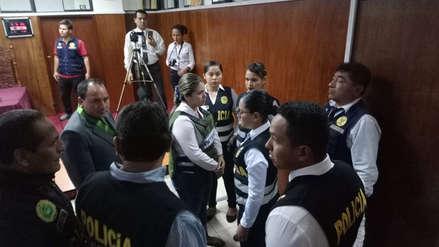 Dictan 9 meses de prisión preventiva contra funcionaria de Migraciones implicada en fuga de Hinostroza