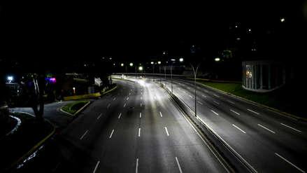 Fotos | Así lucen las calles desiertas de Caracas de noche por miedo a la delincuencia