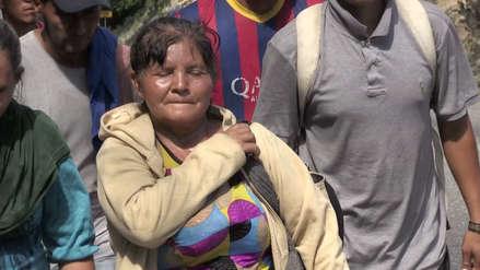 Una hondureña viaja en caravana a EE.UU. para ayudar a sus 13 hijos desempleados