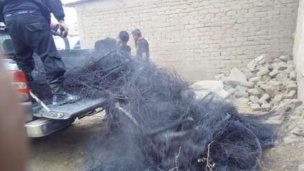 Inescrupulosos queman llantas a orillas del río Moche