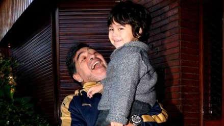 Diego Maradona recibió tierno saludo de su hijo por su cumpleaños