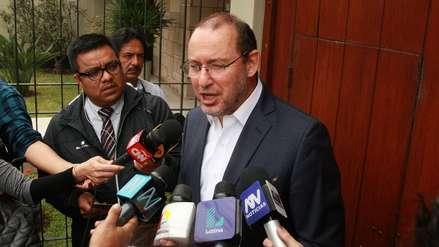 Bancadas presentan moción para remover a José Chlimper del directorio del BCR