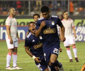 Universitario vs. Sporting Cristal: El gol de Marcos López tras exquisito pase de Lobatón