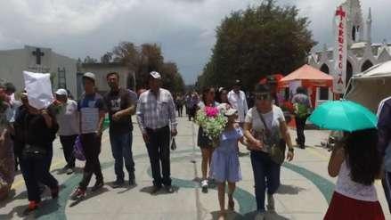 Video |  El cementerio general de La Apacheta cobra vida por la festividad de Todos los Santos
