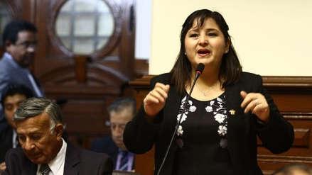 La vocera fujimorista Tamar Arimborgo comparó a Martín Vizcarra con Nicolás Maduro