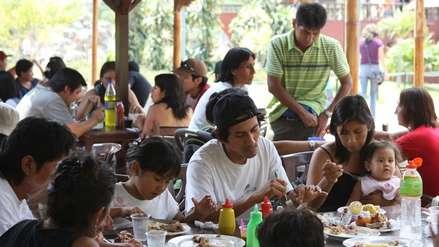 Trabajadores podrán deducir del Impuesto a la Renta los gastos en IGV pagados en restaurantes y hoteles