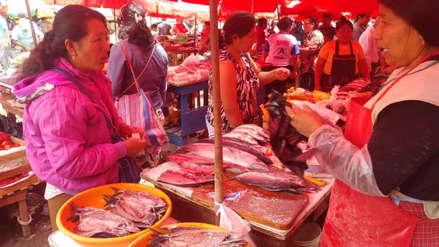Baja precio de la caballa en los principales mercados de Chiclayo