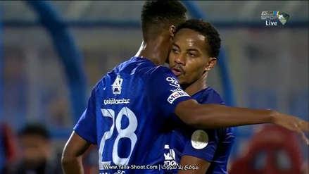 André Carrillo marcó un gol y dio una asistencia en triunfo del Al Hilal